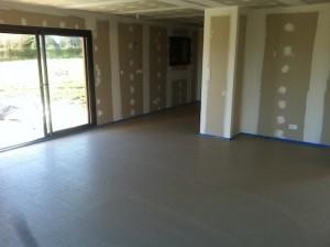 Realisation du plancher chauffant dans la maison de pechbonnieu ma concept for Plancher chauffant renovation carrelage