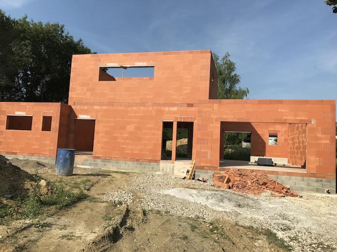 maçonnerie pour la construction de la maison de pechbonnieu