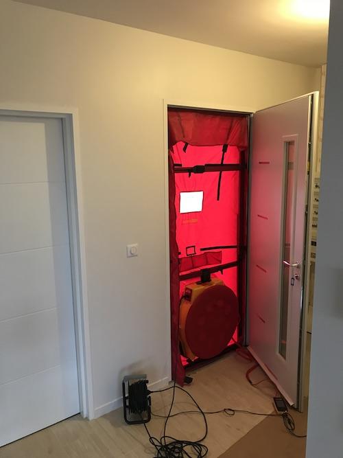 test d perméabilité à l'air pour la construction de la maison individuelle de PAULHAC 31380